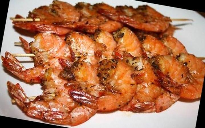 Spicy Oven Baked Shrimp Skewers Recipe Recipezazz Com