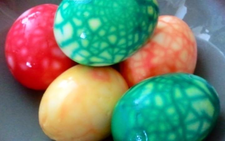 Colored boiled easter eggs recipe recipezazz colored boiled easter eggs forumfinder Choice Image