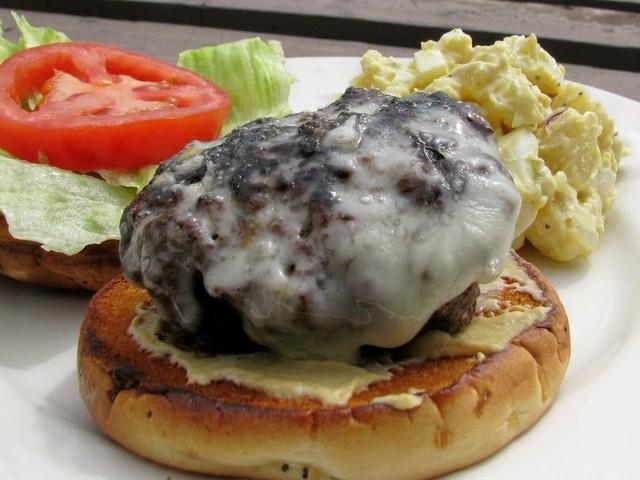 Mushroom Swiss Burger Recipe - Recipezazz.com
